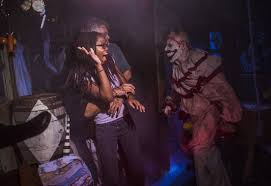 Fun Things To Do On Halloween Night Halloween Haunts What U0027s New At Halloween Horror Nights Howl O