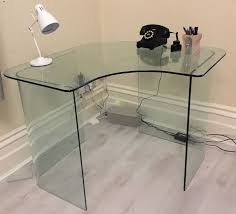 Corner Table Ideas by Best 25 Glass Corner Desk Ideas On Pinterest Modern Corner Desk