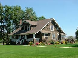 what is a craftsman house everything you need to know about craftsman homes the m and m