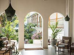 fort bazaar a hotel life