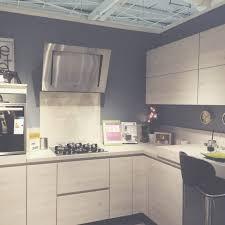 les cuisines but meuble but cuisine awesome meubles de rangement cuisine conforama