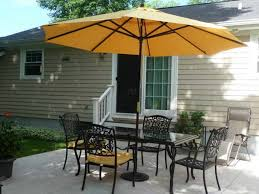 Outdoor Table Umbrella Square Offset Patio Umbrella Over Patio Table And Chairs Set And