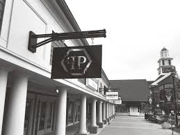woodbury commons black friday philipp plein store at woodbury common outlet in new york