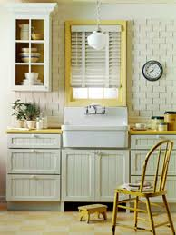 cottage style what color to paint your cottage style kitchen