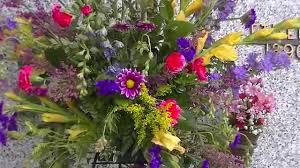 graveside flowers graveside flowers