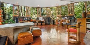 frank lloyd wright inspired home with lush landscaping 5 frank lloyd wright houses for sale frank lloyd wright architecture