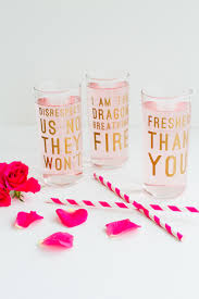 diy beyonce lyric quote cocktail glasses fun feminist drinks for