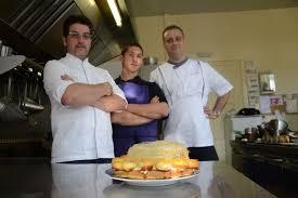 lyc de cuisine un lycéen auxerrois en finale d un concours national de cuisine