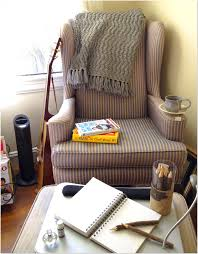 Small Chair And Ottoman by How To Build A Comfy Reading Chair And Ottoman Design Ideas 33 In