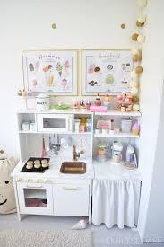 jeux de cuisine pour bébé play kitchen diy furniture cuisinette chambre