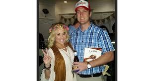 forrest gump costume forrest gump and cheap couples costumes popsugar smart