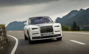 roll royce rolsroy 2018 rolls royce phantom pictures photo gallery car and driver