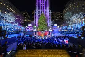 the 2016 rockefeller christmas tree lighting is happening tonight