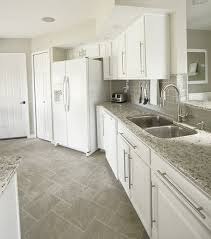 kitchen floor ideas with white cabinets attractive white kitchen floor ideas 1000 images about flooring