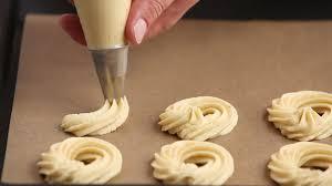 cuisiner moule cuisiner faire la cuisine baking hd stock