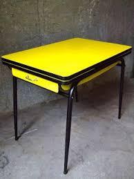 table cuisine vintage table formica mobilier vintage revisité tout en couleur meubles