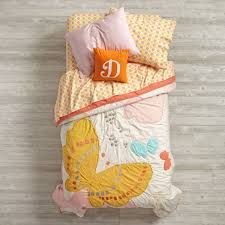 girls butterfly bedding fly away butterfly print kids quilt the land of nod