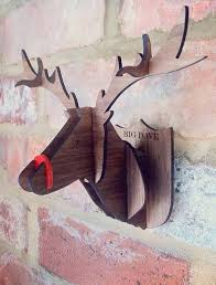 Christmas Reindeer Head Wall Decoration by 17 Beautiful Christmas Wall Decoration Ideas U2013 Design Swan