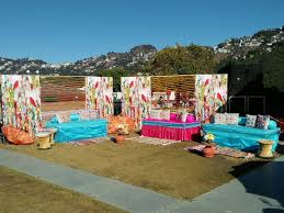 mussourie mehendi by wedding duo sees lovely offbeat decor