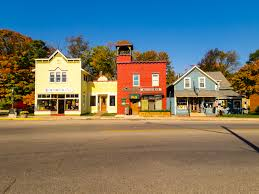 these 10 small towns in michigan are truly peaceful