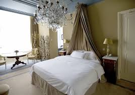 Curtains For Master Bedroom 44 Stylish Master Bedrooms With Carpet