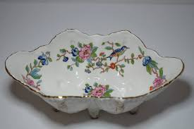 large vintage aynsley pembroke footed bowl scalloped shell