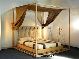 letto matrimoniale a baldacchino legno yasumi letto a baldacchino by cinius