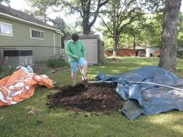 american composting provides pompost to fit 2 live gardens
