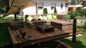 canapé d angle en palette meuble en palette 81 idées diy pour votre espace maison decking