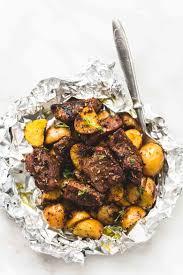garlic steak and potato foil packs lecremedelacrumb com yummy