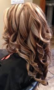 blonde hair with caramel lowlights curly hair with highlights highlights and lowlights curly hair
