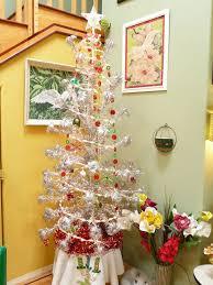 vintage aluminum christmas tree 30 gorgeous aluminum christmas tree decoration ideas christmas