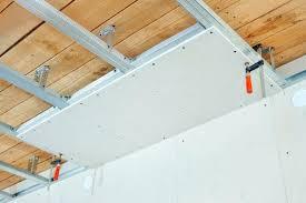 isoler phoniquement une chambre prix dune isolation phonique comment isoler phoniquement un plafond