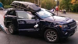 2016 jeep cherokee sport silver jeep cherokee comes through in crash chrisparente com