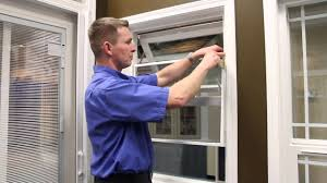 Awning Style Windows Screen Removal Awning Style Windows Youtube