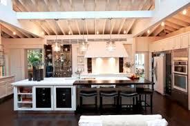 grande cuisine avec ilot central cuisine moderne avec ilot centrale deco maison moderne