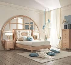 chambre bois blanc idées de déco chambre fille dans le style romantique très chic