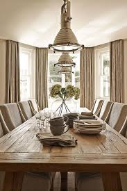 Taupe Dining Room With Bay Window Cottage Dining Room - Dining room with bay window