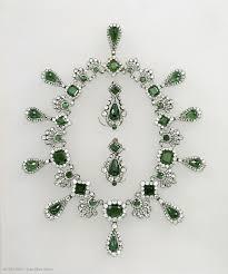 jewelry louvre museum