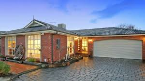 2 2 4 Highland Street Kingsbury Vic Residential 40 Mantung Crescent Rowville Youtube