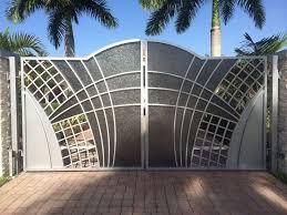 Best 25 Modern gates ideas on Pinterest
