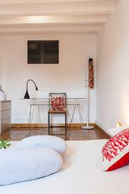 japan bedroom futton tatami white and red pure minimal