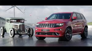 racing jeep grand cherokee watch this jeep grand cherokee srt drag race a hemi powered