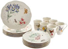 amazon com lenox butterfly meadow 18 piece dinnerware set