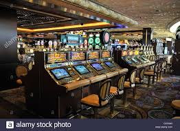 slot machines in the 5 star mirage hotel las vegas nevada usa
