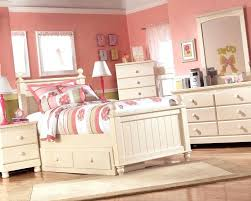cottage retreat bedroom set haverty furniture bedroom daybeds furniture cottage retreat set s