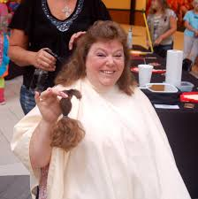 donors show heart by giving hair at kutting for kids event