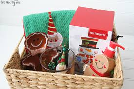 Holiday Gift Baskets Easy Holiday Gift Baskets Pier 1 Imports Giveaway