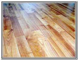 Snap Together Vinyl Plank Flooring Vinyl Plank Flooring That Looks Like Wood Wood Grain Laminate