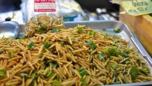 insectes cuisine pourquoi nous mangerons tous des insectes en 2050 slate fr